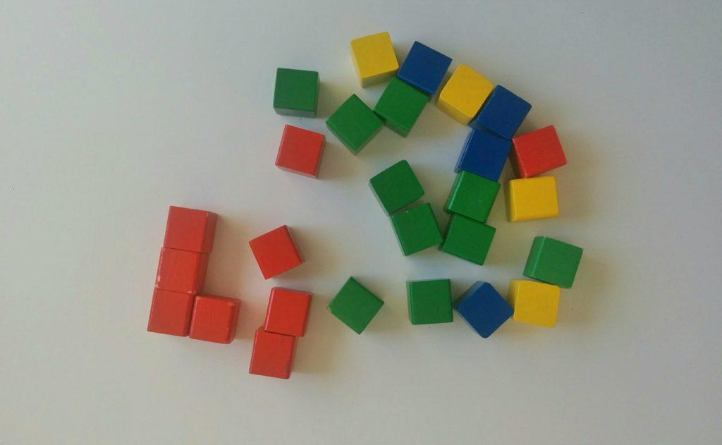 Drewniana kostka układanka logiczna - Krok 1