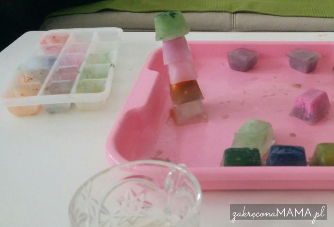 kolorowe-kostki-lodu-wieza