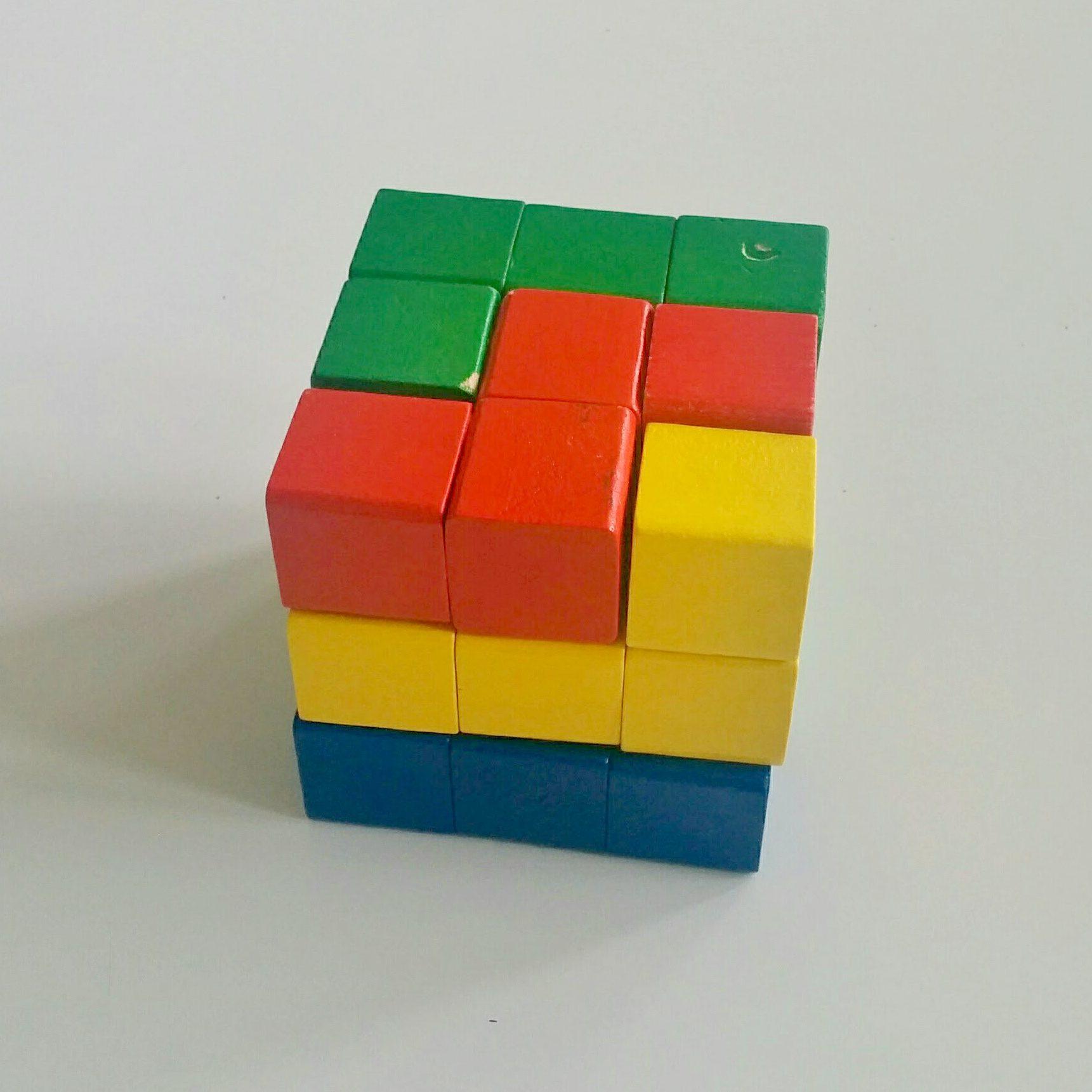 Drewniana kostka układanka logiczna - Krok 4 kostka ułożona
